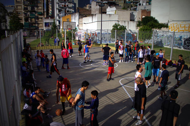Play to Win - Basket Caballito